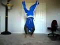 Kā minūtes laikā iemācīties dejot breiku