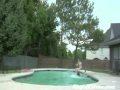 Neizdevās pārlēkt pār baseinu